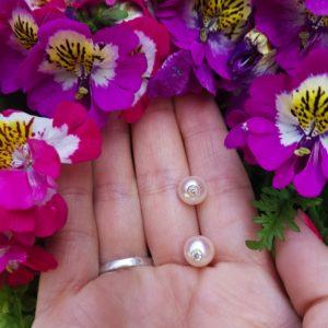 MONOÏ VIP+    Boucles d'oreilles perles d'Akoya diamants et or 18K